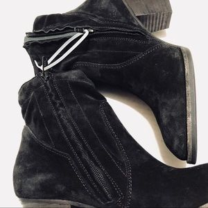 Paul Green black suede ankle boots size USA 9